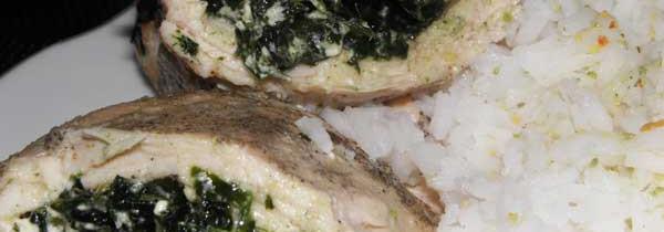Pierś z kurczaka faszerowana szpinakiem i serem feta