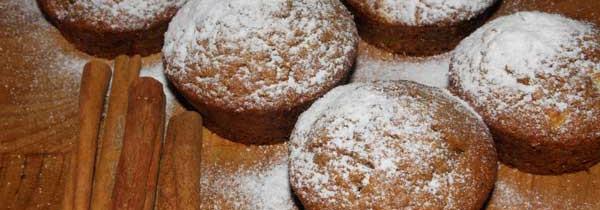 Muffiny z jabłkiem i cynamonem